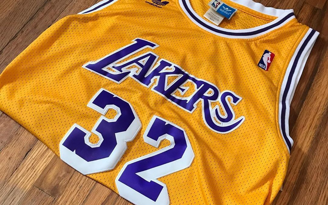 Los Angeles Lakers : le maillot le plus emblématique de la NBA
